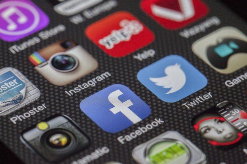 Screens: Social Apps