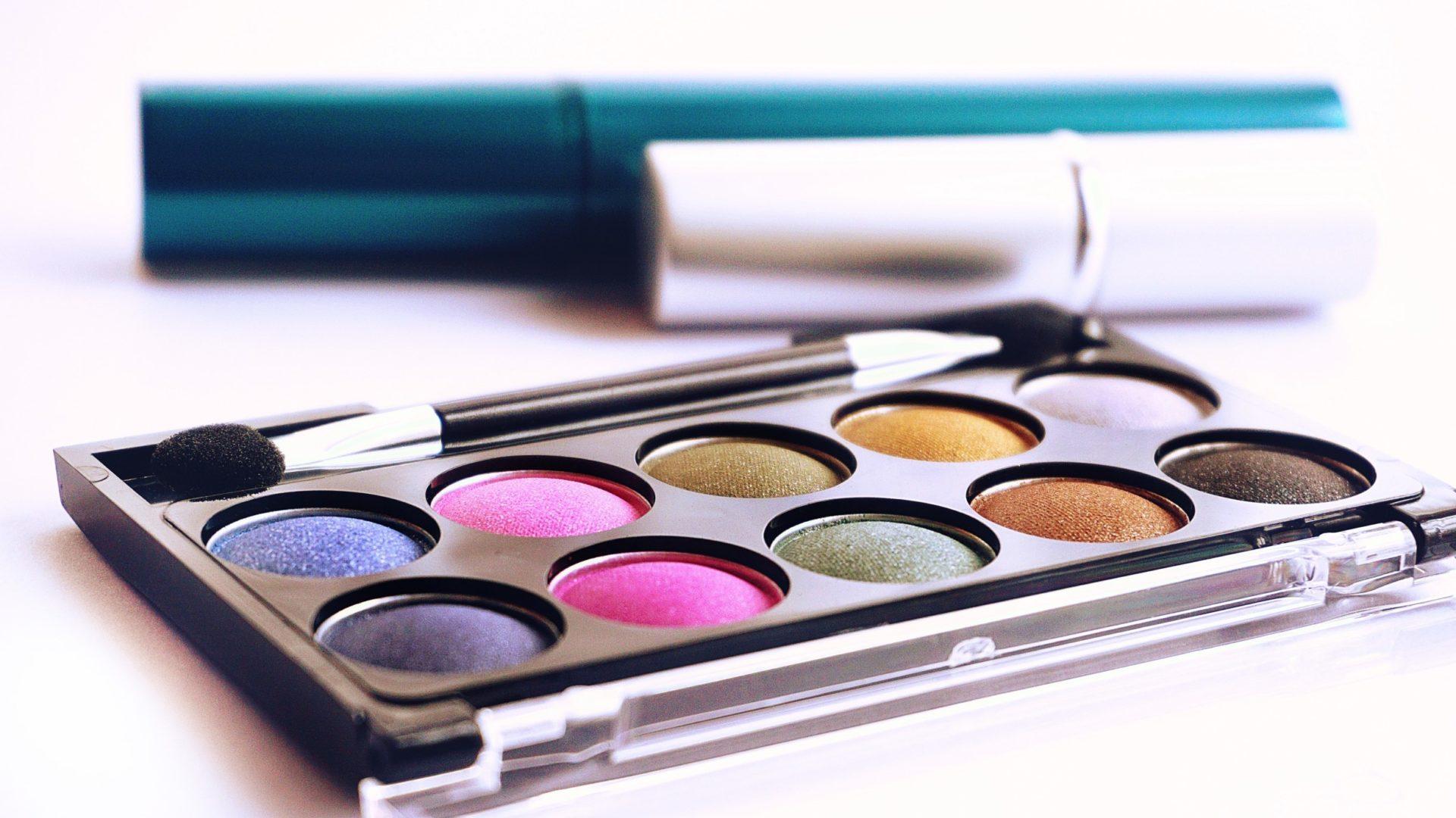 Makeup Rewards Palette