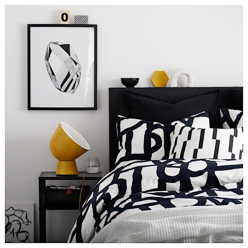 Bedroom: Graphic Sheets