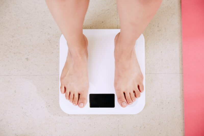 Choosing the Right Diet: Feet on Scale
