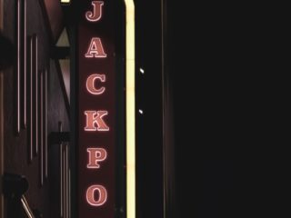 Gaming: Jackpot Image