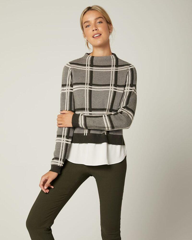 Lounging: Sweater and Pants
