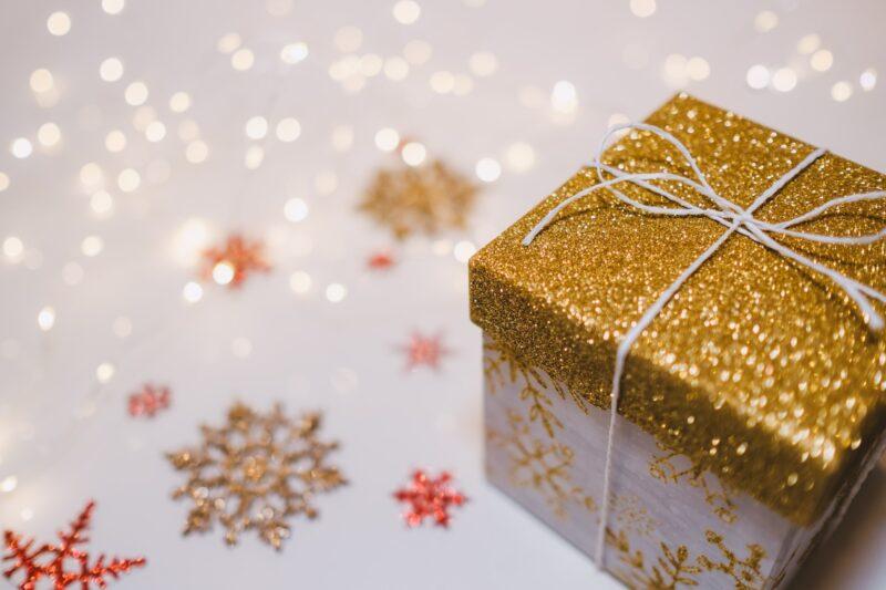 Gift Guide: Gift Box