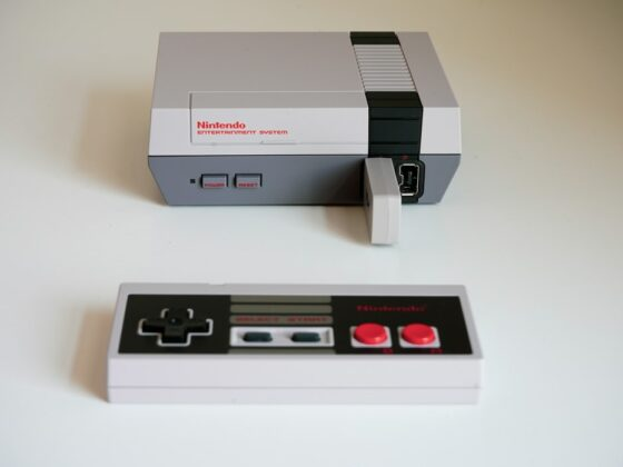 Gaming Lovers: Retro Console