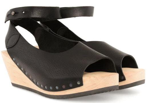 Summer Shoes: Sandals
